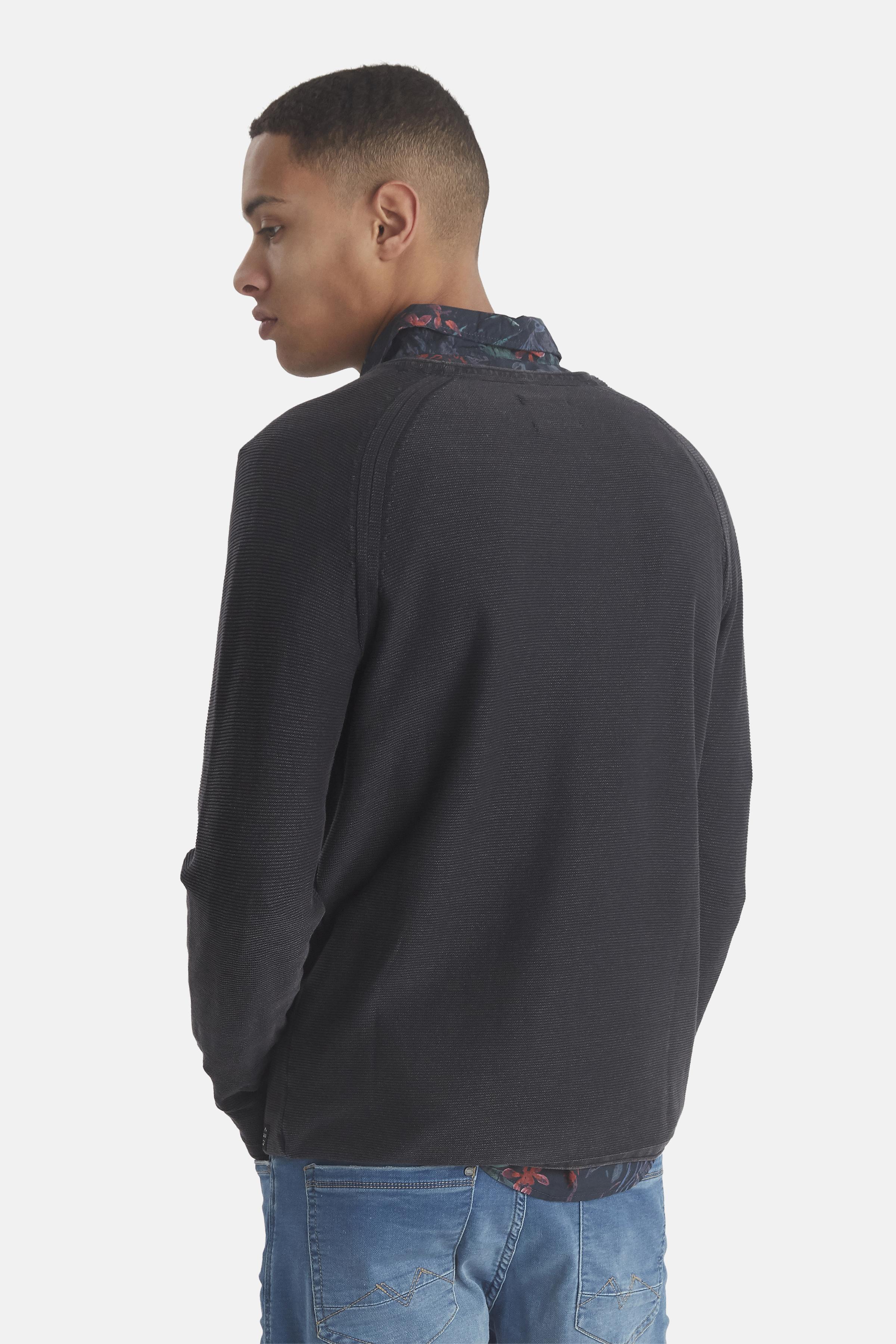 Black Strikpullover – Køb Black Strikpullover fra str. M-3XL her
