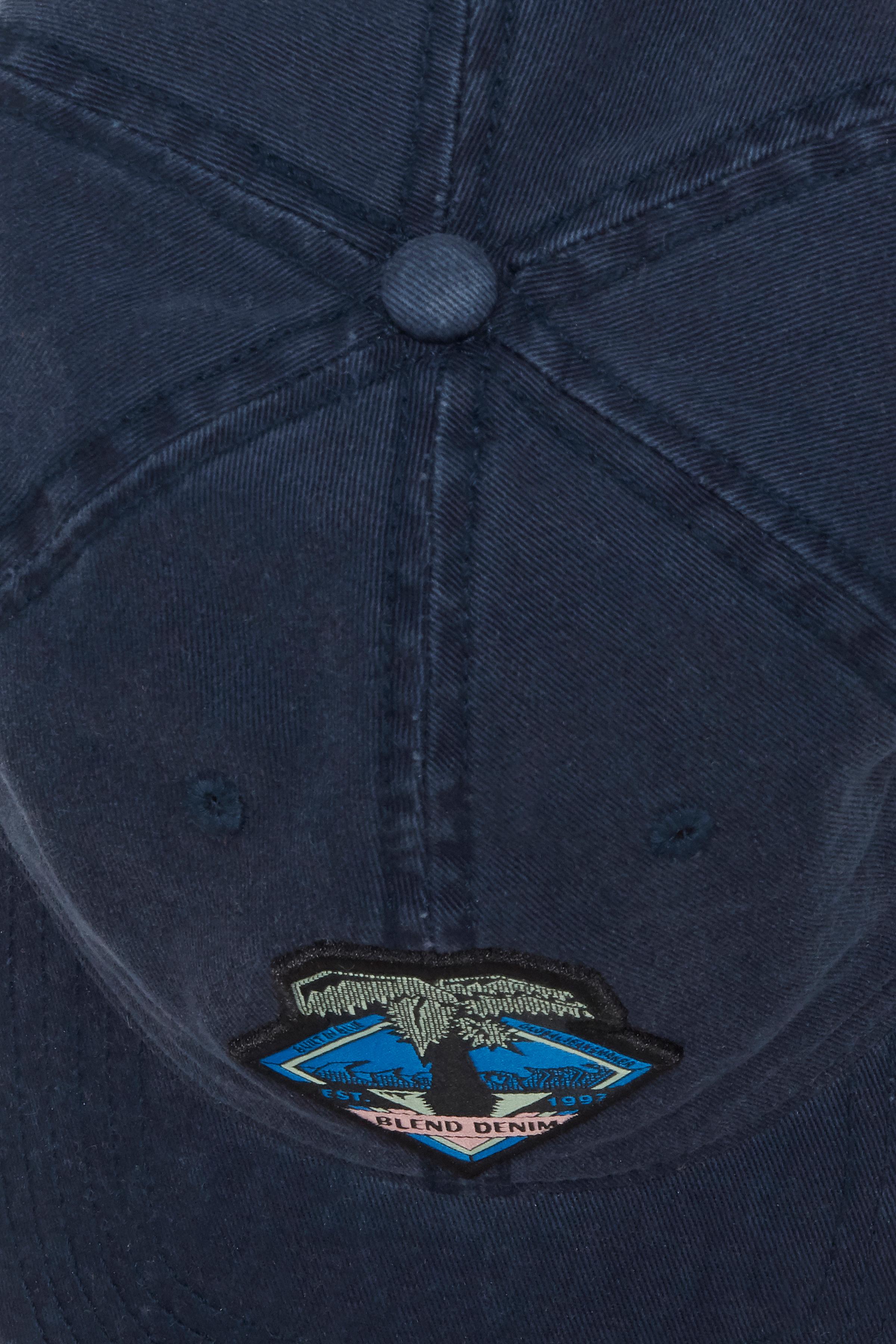 Dark Navy Blue Hue – Køb Dark Navy Blue Hue fra str. ONE her